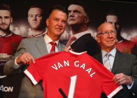 Louis Van Gaal Unveiled As New Manchester United Manager