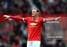 456197940-wayne-rooney-of-manchester-united-reacts-gettyimages[1]