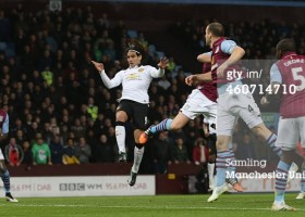460714710-radamel-falcao-of-manchester-united-scores-gettyimages[1]